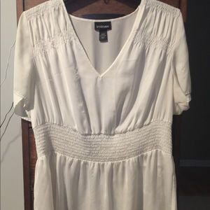 Soft soft white top with cinch waist